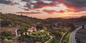 Mystics Retreat: Embodying Presence | CA – NOV 6, 2021